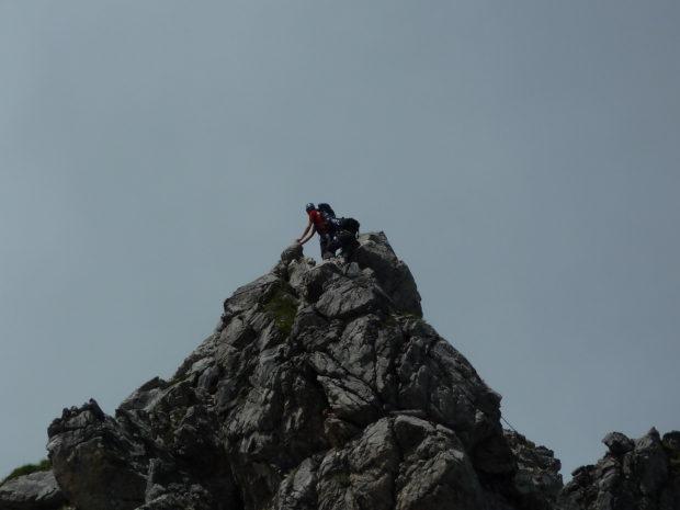 Luftige Kletterei auf dem Hindelanger Klettersteig. (Alle Rechte vorbehalten)